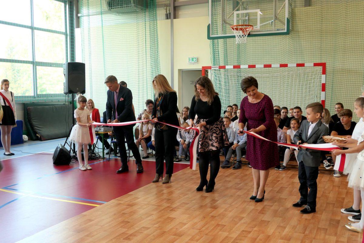 Otwarcie sali gimnastycznej w Szkole Podstawowej w Liszynie